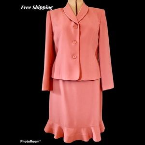 LE SUIT: COLLECTIONS FOR LE SUIT: Size 10 …